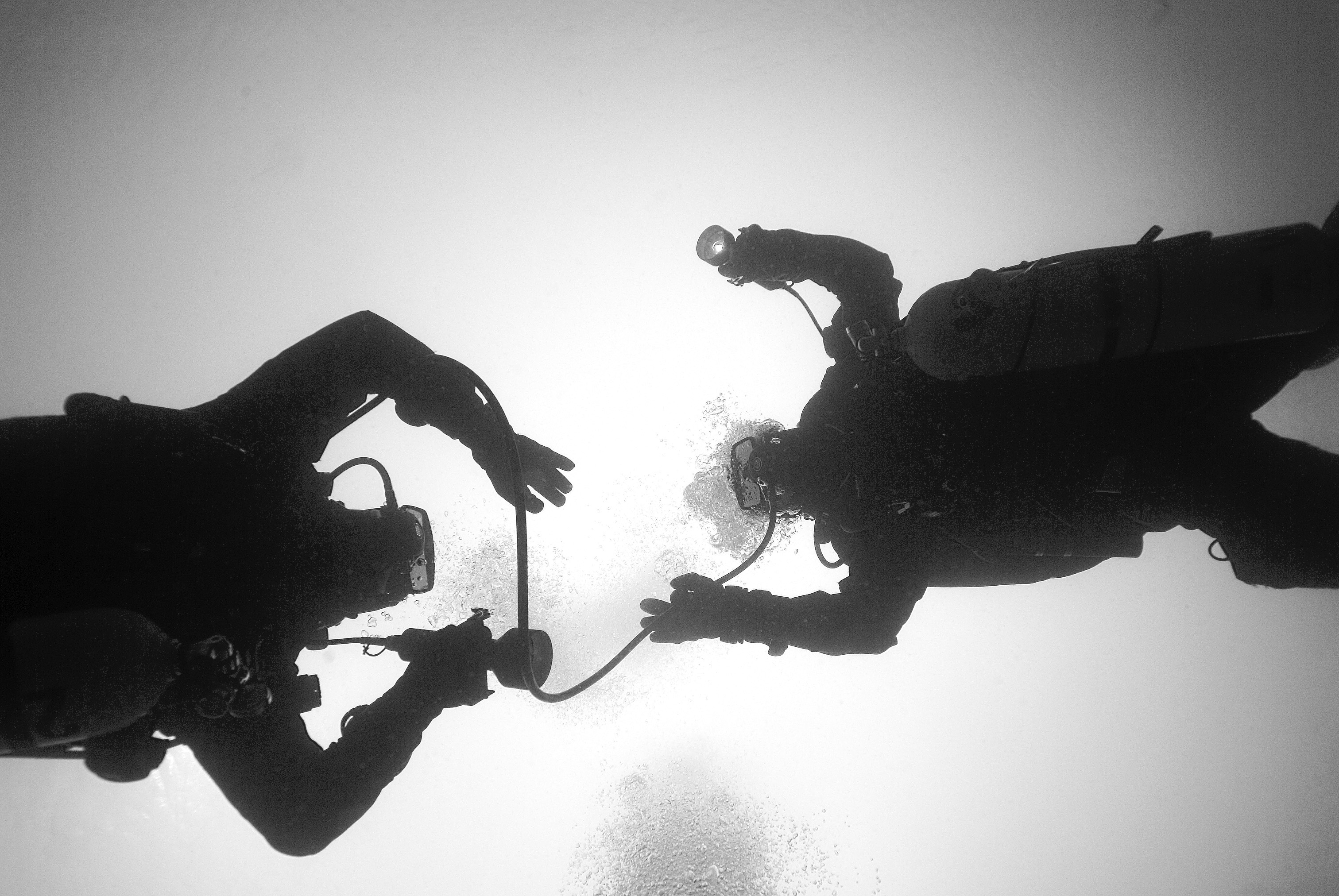 skills for technical diving x ray mag using a long hose makes the ascent and decompression stops much easier
