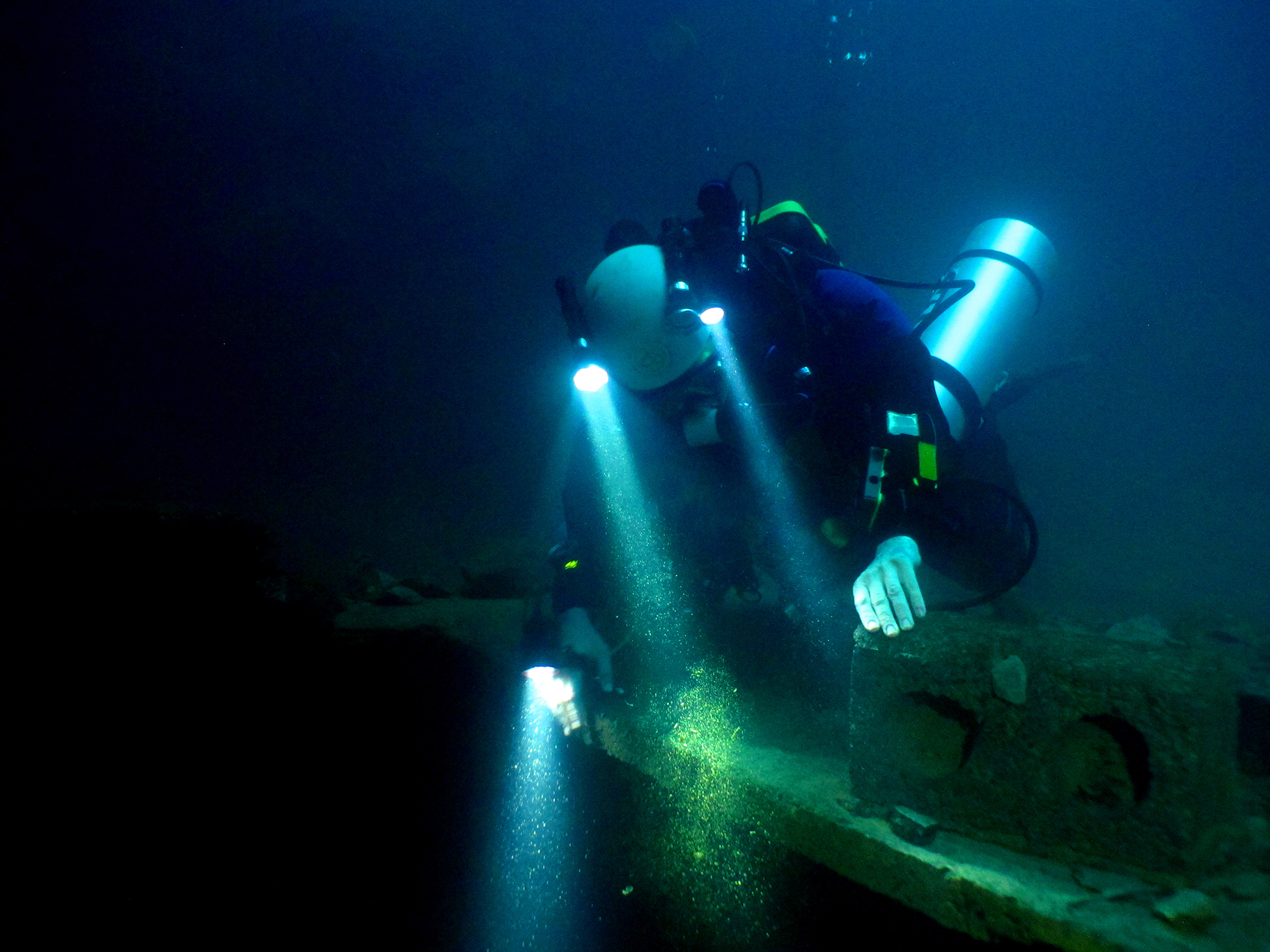 Cave Diving In China's Du'an County